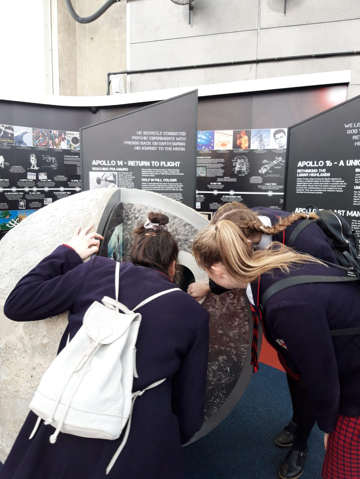 YEAR 10, 11 & 12 PHYSICS STUDENTS VISIT THE NATIONAL SPACE CENTRE