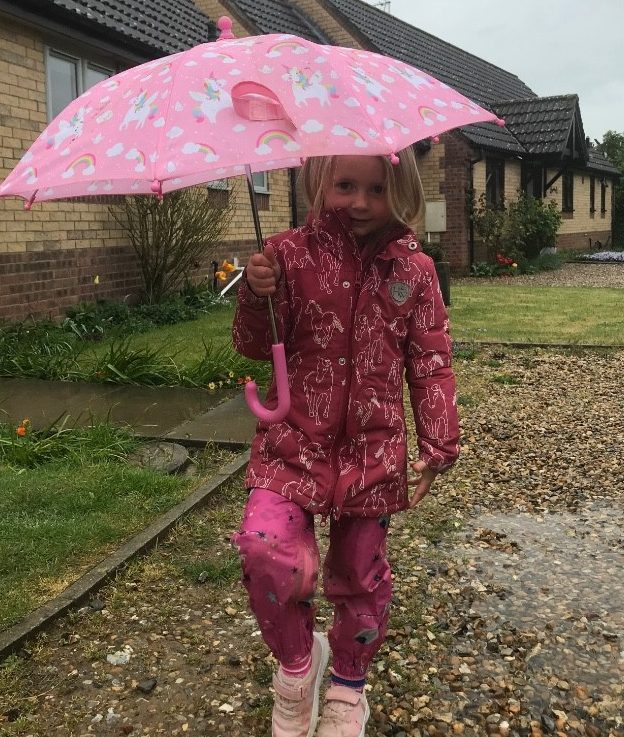 Finborough Nursery Pupil Fundraising to help the NHS 👏🏻 🌈